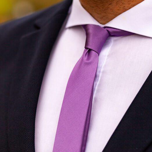 Lila Anyagában Mintás Nyakkendő